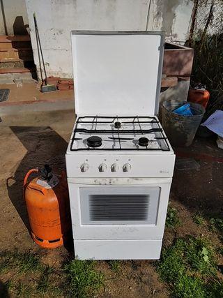 horno encimera tres fuegos gas
