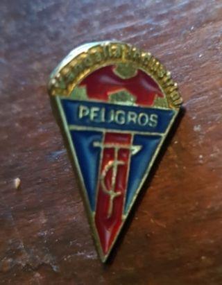 Pin metálico. Vandalia CF de Peligros. Granada