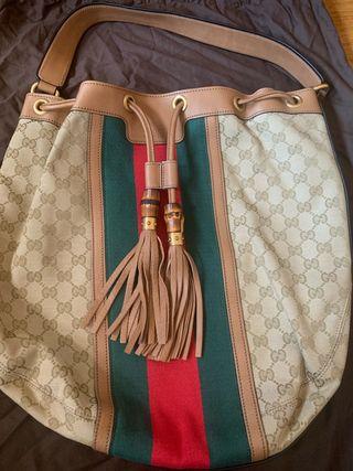 Bolso Gucci bucket con bambú original