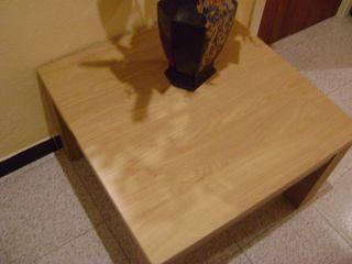 en venta mesa de sálon de haya maciza 70 x 70