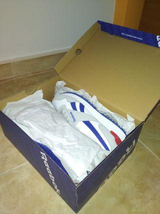 Zapatillas marca Reebok