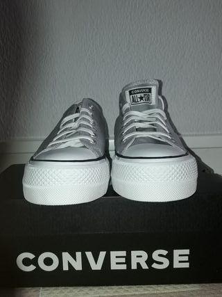 converse gris plataforma