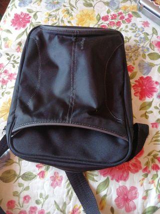 bolsa para portátil pequeño