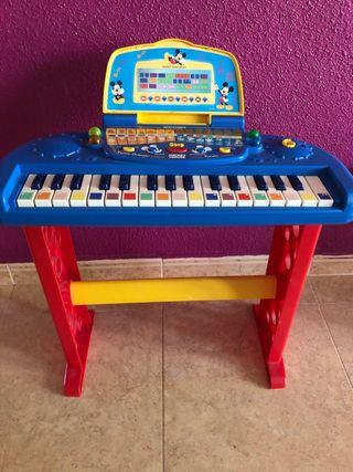 Piano niños