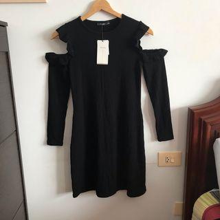 Vestido negro de canalé