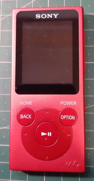 Reproductor MP3 y radio FM SONY NW-E94