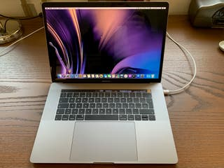 "MacBook Pro 15"" 2019 Procesador Intel Core i7"