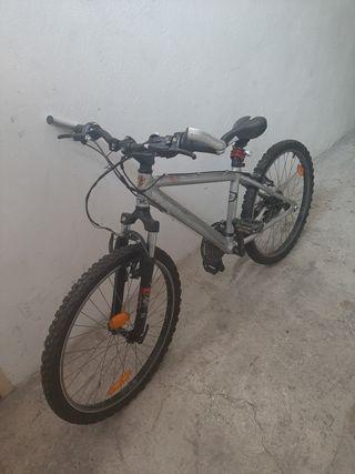 Bicicleta Rockrider Junior