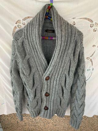Chaqueta abrigosa de zara man en tono gris