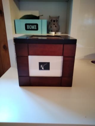 caja de madera para fotos