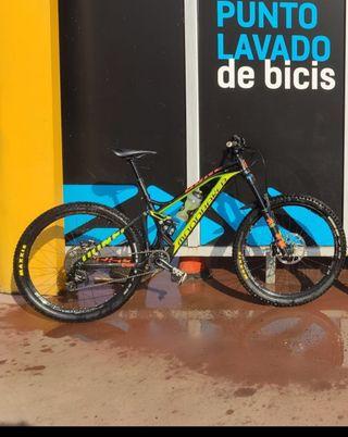 Bicicleta enduro Mondraker dune R