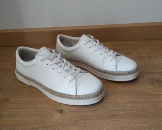 Zapato sport hombre.Talla 42,5