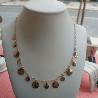 precioso y sencillo collar en oro de 18k!!