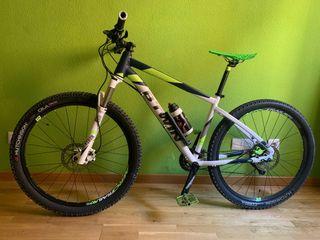 "Bicicleta mtb Rockrider 560 27,5"""