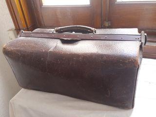 Antiguo maletin medico