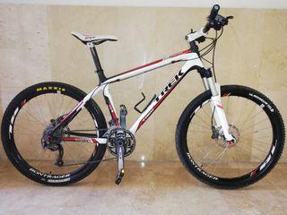 """Bicicleta MTB TREK 9.7 Carbono , 26"""", Talla: M/L"""