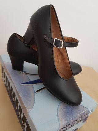 Zapatos baile