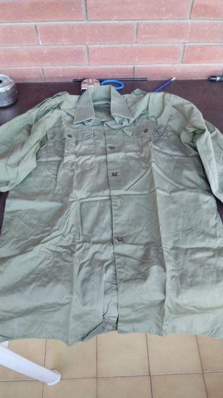 Camisa manga larga verde caqui