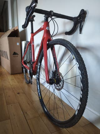 bicicleta gravel -ciclocross