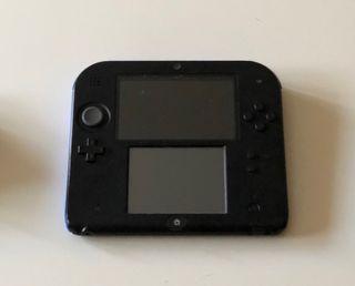 Nintendo 2ds con cargador