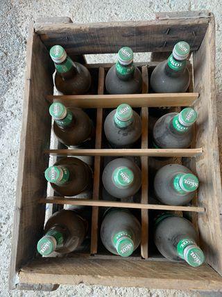 Caja madera cerveza vintage