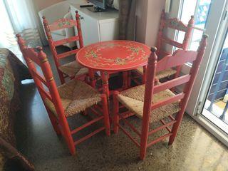 conjunto de mesa y sillas sevillanas para feria