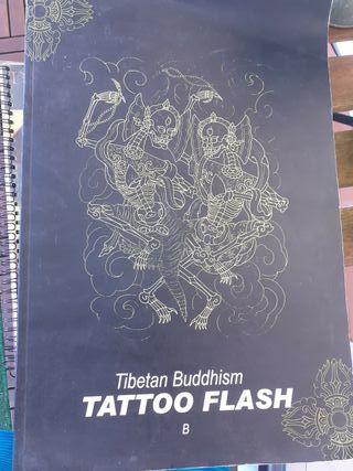 libro para referencia de estudio de tatuajes