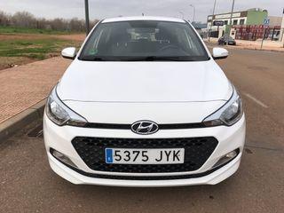 Hyundai i20 2017-SEMINUEVO