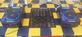 Mesa dj behringer ndx 900 con platos numarck nx500