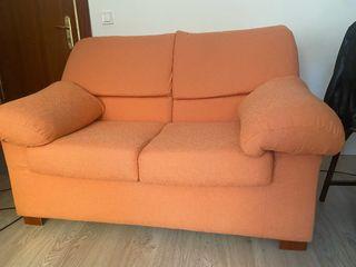 Sofa salón dos plazas.