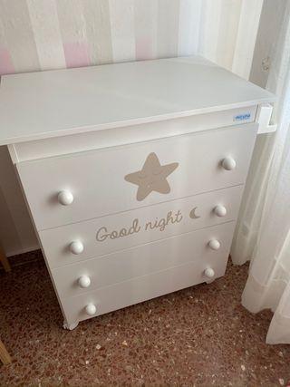 Mueble bañera blanco con estrella beige Micuna