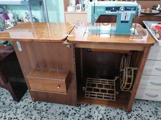 Máquina de Coser ALFA Alfamatic 109