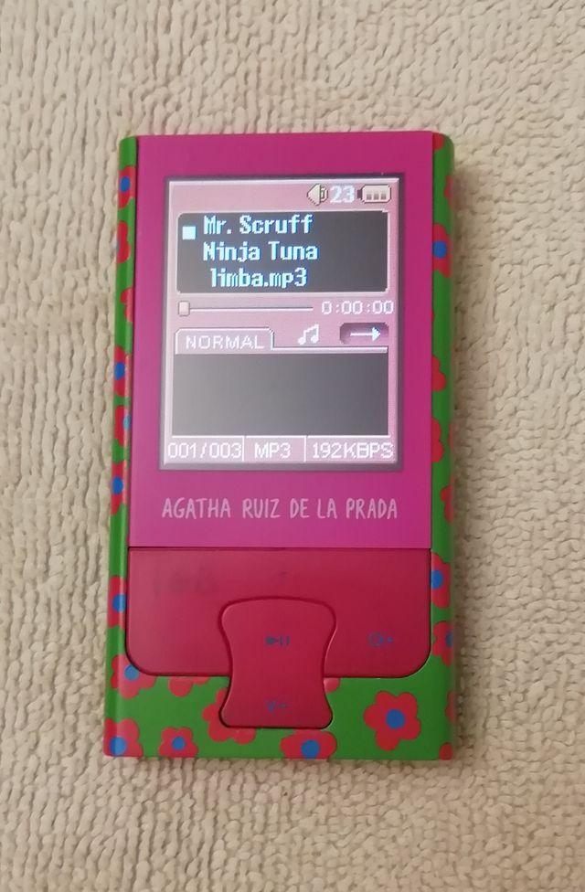 MP4 ÁGATHA RUIZ DE LA PRADA 1GB