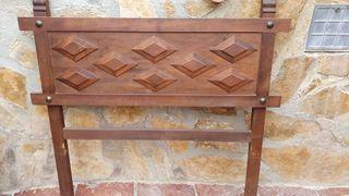 Cabezal de madera estilo castellano