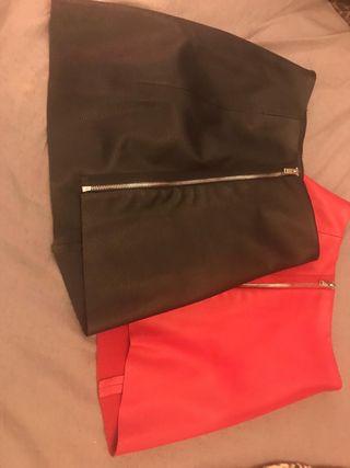 Faldas roja y negra