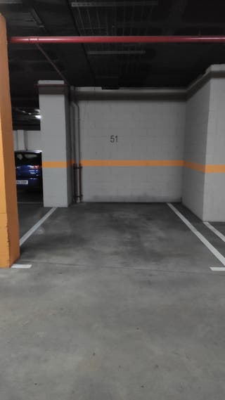 Garaje en alquiler Julián Camarillo, 26