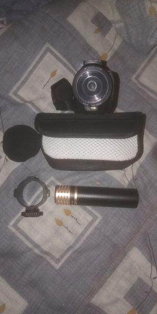 videocámara con micrófono