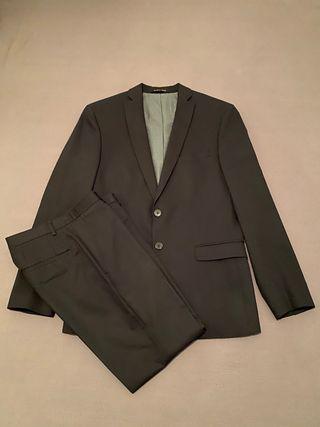 Traje de Zara Negro talla S