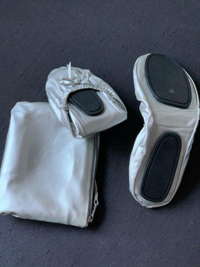 Zapatillas 'manoletinas'