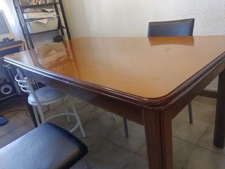 Mesa de comedor de madera maciza extensible
