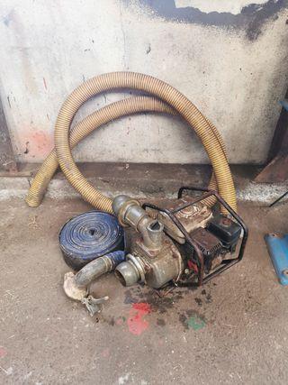 bomba de agua a gasolina