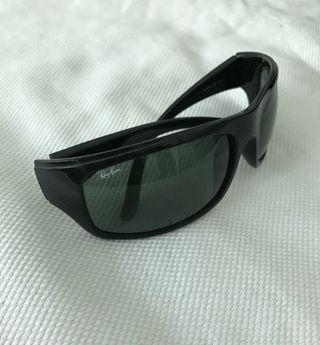 Gafas de sol Ray Ban RB 4092 601 3N, color negro