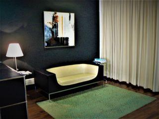 Sofa dos plazas del diseñador MANUEL YBARGÜENGOLIT