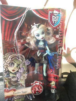 Monster high muñecas nuevas