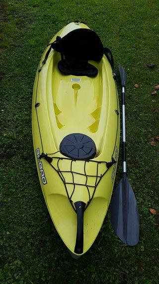 kayak rígido Bilbao con tambucho, remo y respaldo