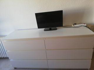 Cómoda Malm de Ikea