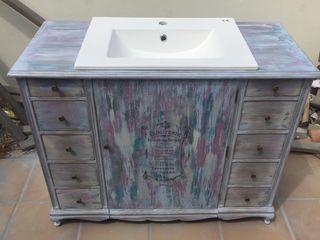Meuble lavabo restauré et relooké