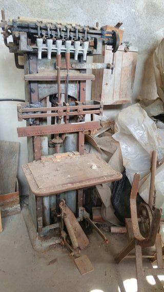 Maquinas de serreria antiguas