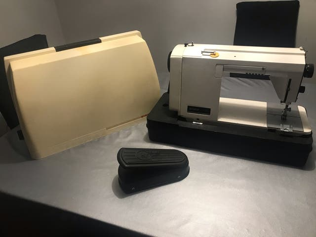 Maquina de coser necesita reparar