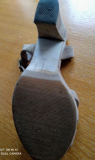 sandalia tacón Laura Amat